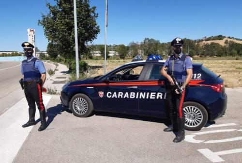 Macerata, neopatentati alla guida dopo aver bevuto: scoperti dai carabinieri. Sequestrate due auto
