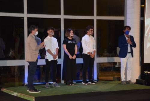 L'istituto Meucci di Castelfidardo celebra la fine dell'anno scolastico più difficile