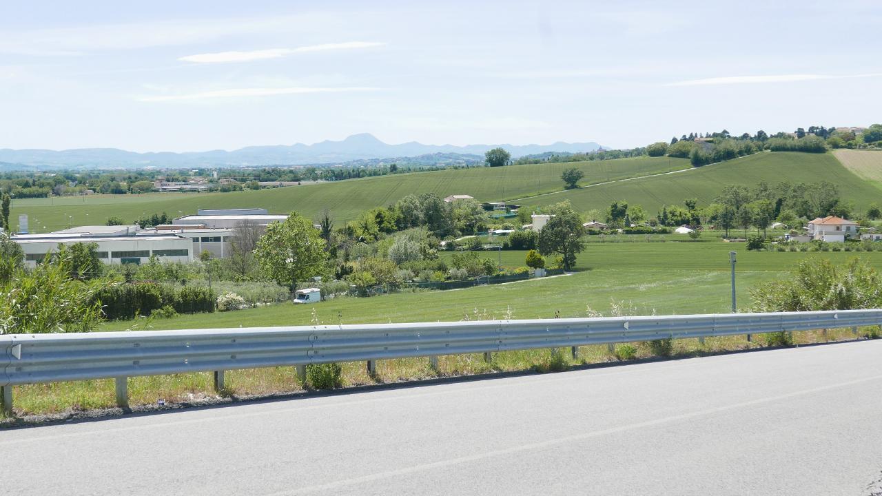 L'area tra Gabella e via S.Arco, a Montemarciano, dove dovrà passare la bretella elaborata da società Autostrade