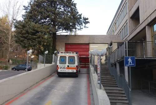 Ascoli, proteste per i lunghi tempi di attesa al Pronto Soccorso dell'ospedale Mazzoni