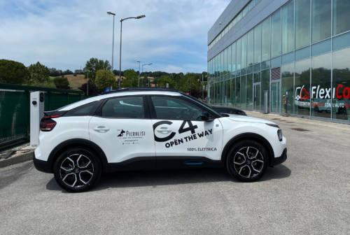Citroën C4 electric: fluidità, eleganza e dinamismo. Il test drive – VIDEO
