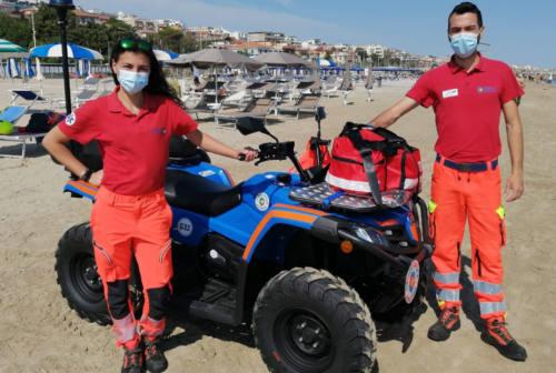 Ancona, sicurezza in spiaggia: a Palombina e al Passetto le postazioni di assistenza sanitaria della Croce Gialla