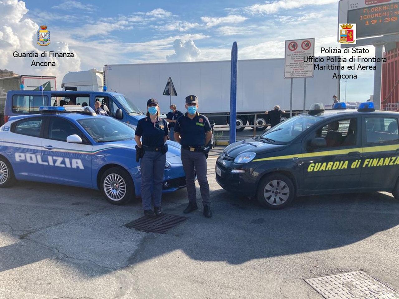 La Guardia di Finanza dorica nel porto di Ancona