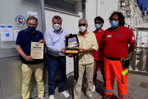 Donato un defibrillatore alla Croce Gialla di Ancona