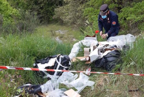 Sassoferrato: abbandono rifiuti pericolosi, denunciato imprenditore di Mondolfo