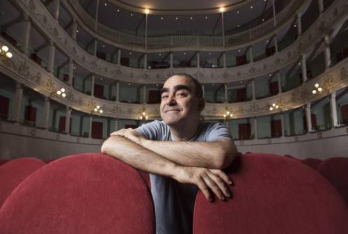 Elio canta Jannacci, a Pesaro tragedia e farsa per stupire e divertire