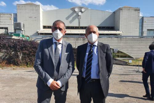 Il sottosegretario Costa ad Ancona: «Immunità di gregge entro fine settembre. Procedere sui sanitari no-vax»