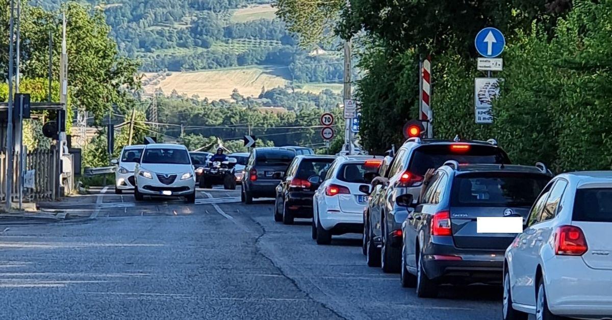 Macerata, il passaggio livello di via Roma