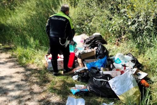 Rifiuti abbandonati a Ostra, Trecastelli e Ostra Vetere: raffica di multe