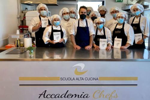 """San Benedetto, lo chef Eusebi presenta il suo libro sulle erbe """"d'autore"""""""