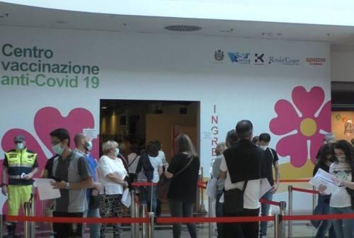 Vax-days maturandi, nel primo giorno 400 ragazzi vaccinati in provincia di Pesaro