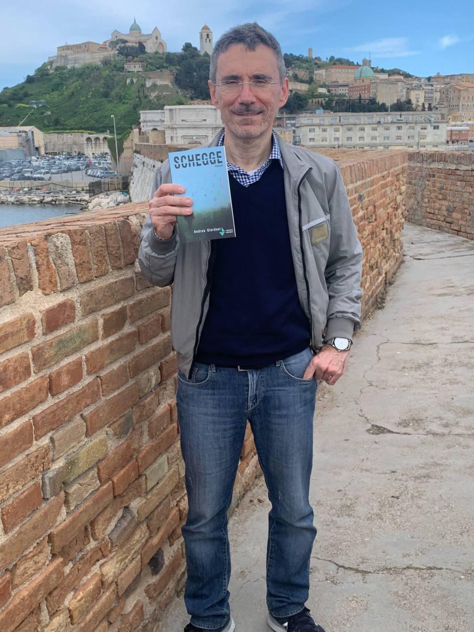 """Andrea Giordani, autore di """"Schegge"""""""