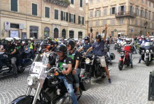 Osimo, un corteo di moto per dare l'estremo saluto a Moreno Frontalini