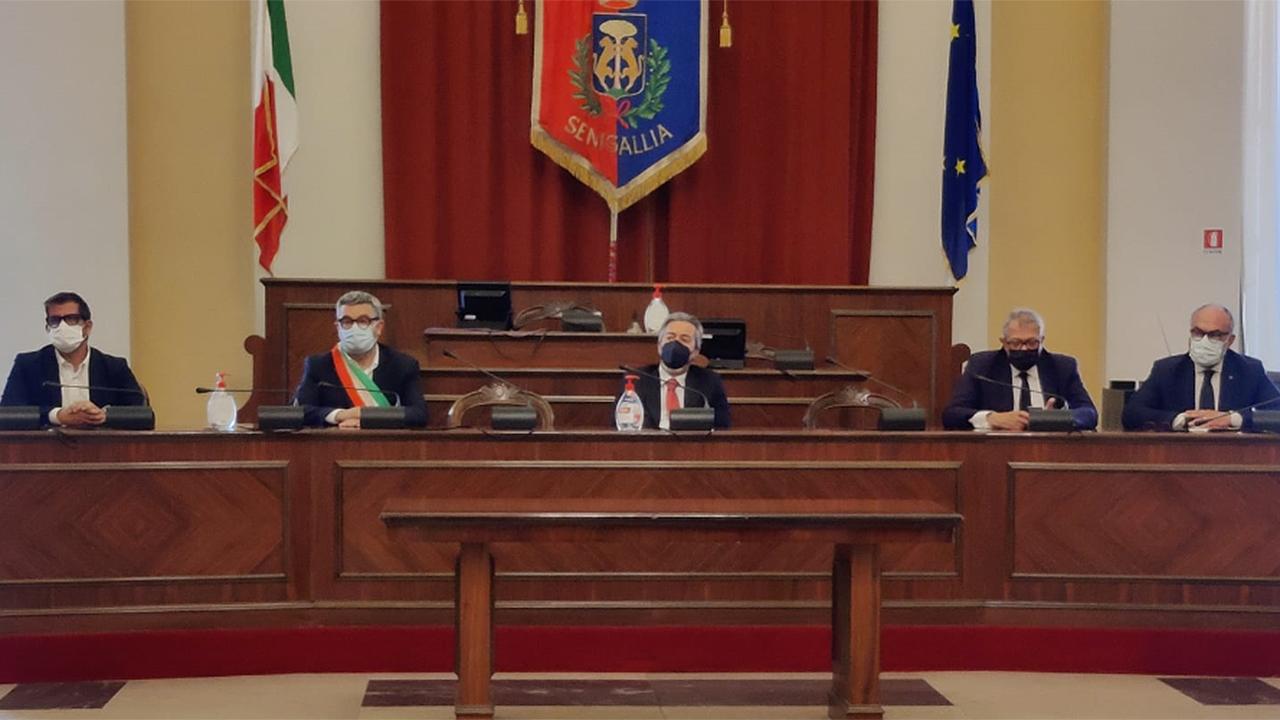 Agricoltura, a Senigallia l'incontro con il sottosegretario Francesco Battistoni