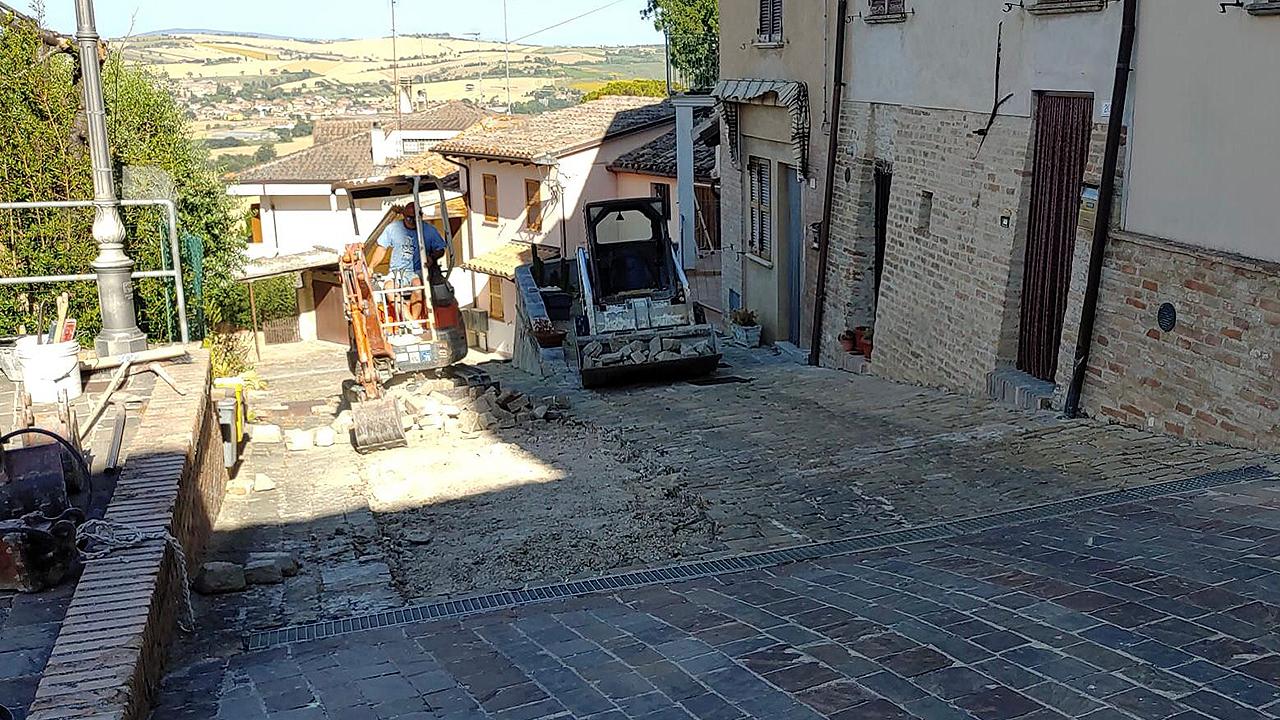 Partiti i lavori di recupero nel centro storico a Monterado di Trecastelli