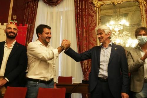 Salvini alla prima dello Sferisterio. Il sindaco: «Macerata rappresenta un modello virtuoso»