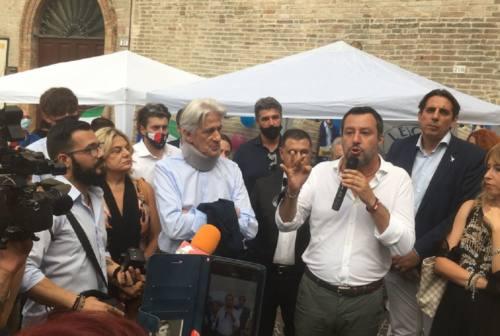 Salvini riparte da Macerata: «Con il governo stiamo combattendo per garantire la salute a tutti»