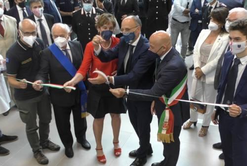 Unicam, il ministro Messa inaugura il nuovo centro di ricerca: «Emblema di forza e sfida»