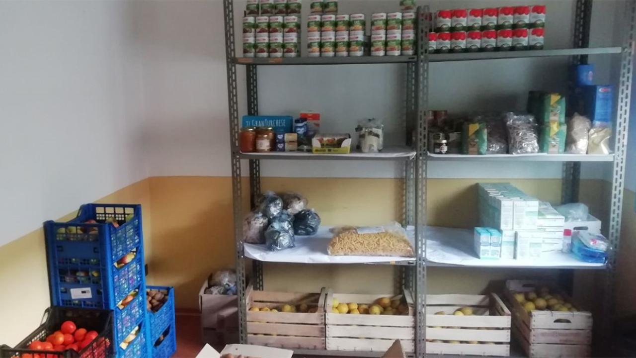 L'odv Brigate Volontarie per l'Emergenza Marche si è dedicata alla raccolta e distribuzione di generi alimentari