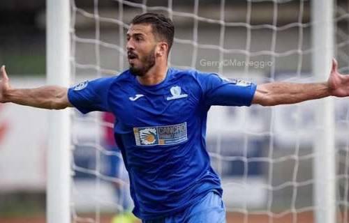 Calcio, De Respinis è il nuovo attaccante della Vis Pesaro