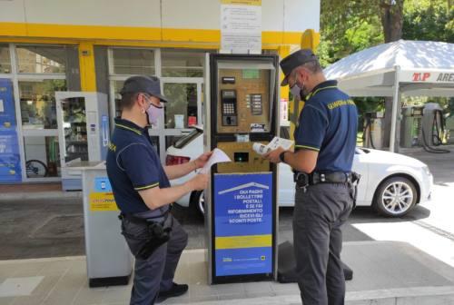 Oltre 100 transazioni da 9 centesimi: furbetto del Cashback scoperto dalla Guardia di Finanza di Camerino