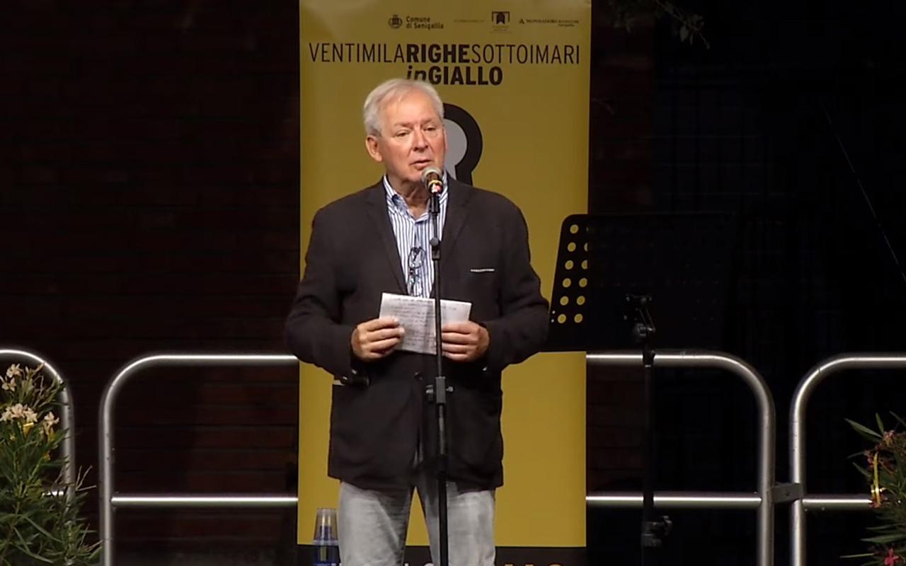 """Massimo Raffeli ospite nel 2020 del festival del noir """"Ventimilarighesottoimari in giallo"""""""