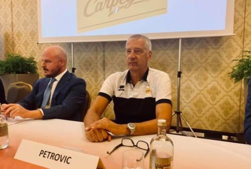Basket VL Pesaro, presentato ufficialmente Aza Petrovic