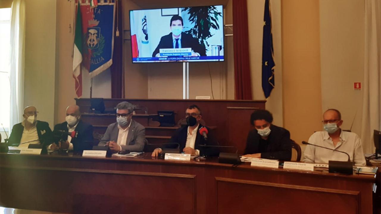 """Svolta a Senigallia l'iniziativa """"Come In - La porta del digitale"""" per promuovere on line il turismo delle Marche"""