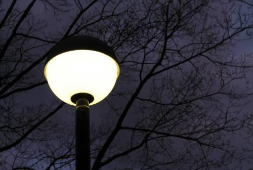 Jesi, illuminazione a led. Il Comune: «Nessun rischio, attenzione al reato di procurato allarme»
