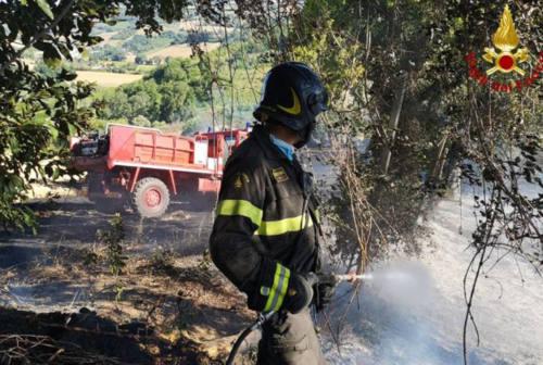 Ancona: un errore umano dietro l'incendio di Gallignano, bruciati 10 ettari