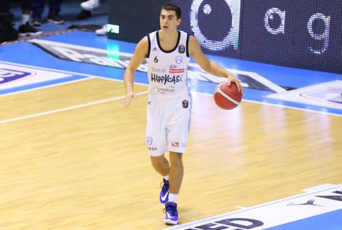 Basket, la VL Pesaro vuole Zanelli come vice playmaker