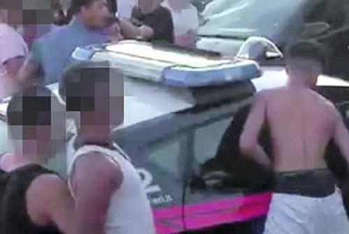 Maxi rissa a Marotta: il centro-destra chiede un implemento delle forze dell'ordine