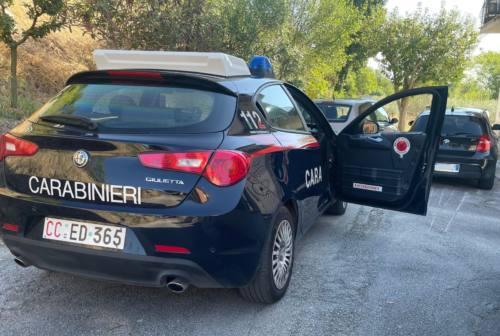 Tragedia in Vallesina, giovane mamma precipita dal balcone