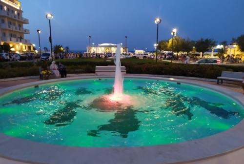 Terminato il restyling della fontana davanti la rotonda di Senigallia