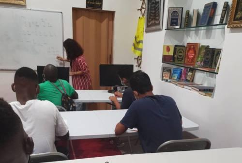 """Fabriano: centro culturale """"Misericordia"""" fra solidarietà e corsi di lingua e informatica"""