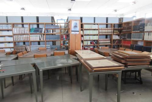 Camerino, Biblioteca Valentiniana: oltre 150 volontari al lavoro per il trasferimento dei volumi