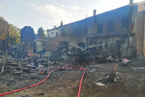 Esplosione a Cerreto D'Esi, nessun ferito: per i soccorritori «un miracolo»