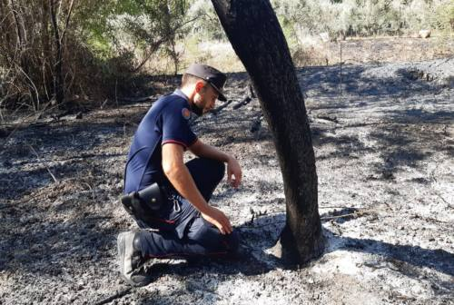 Macerata, incendio in via Cioci: denunciati tre operai