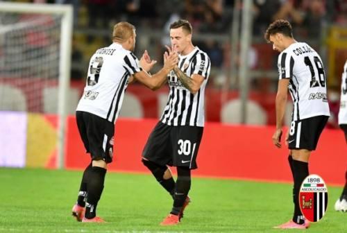 Serie B, l'Ascoli sbanca Perugia per 3-2 grazie ad un Saric superlativo