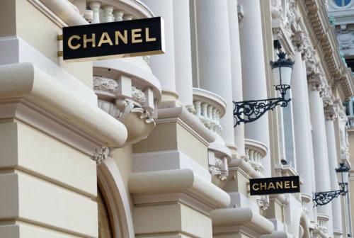 Moda di lusso, il marchio francese Chanel investe a Osimo