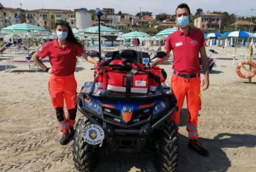 Ancona: malore in acqua, soccorso un 53enne in spiaggia a Palombina