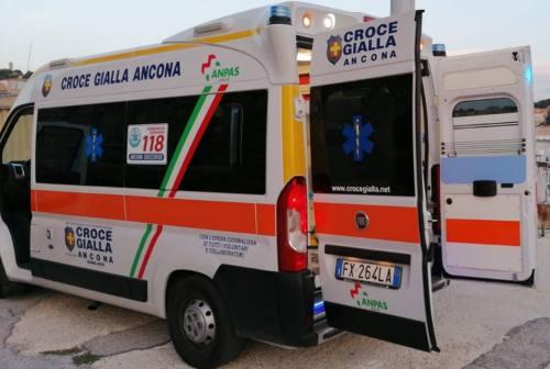 Famiglia macedone positiva al Covid sbarca ad Ancona, un 35enne traferito a Torrette