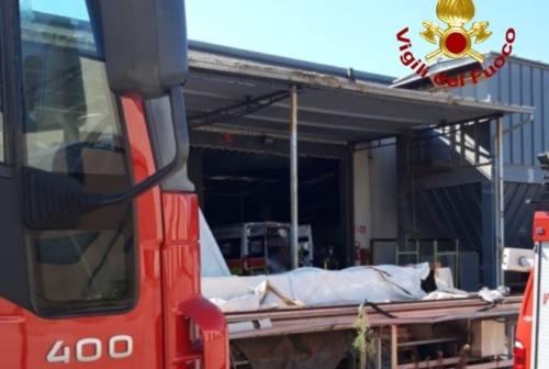 Montelabbate, infortunio sul lavoro in fabbrica: 60enne ferito alla gamba da un macchinario