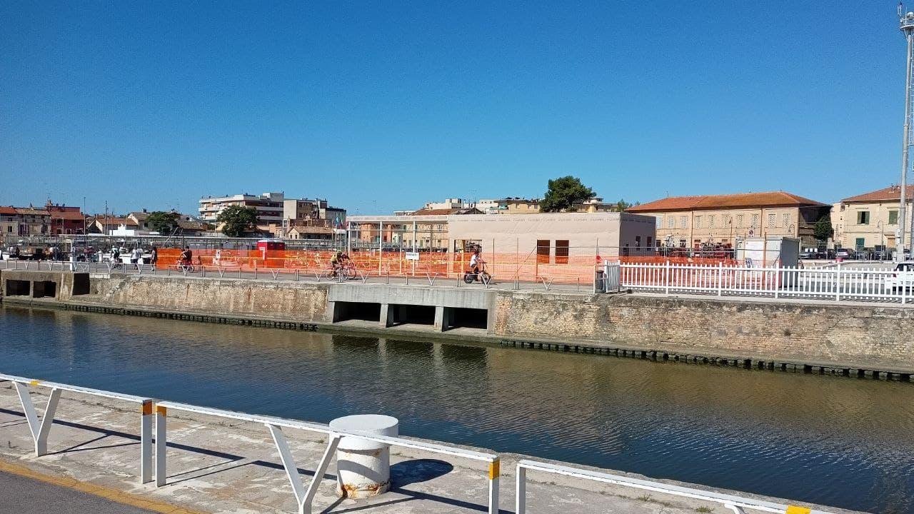 """I lavori al porto di Senigallia per realizzare la nuova """"casa da mare"""""""