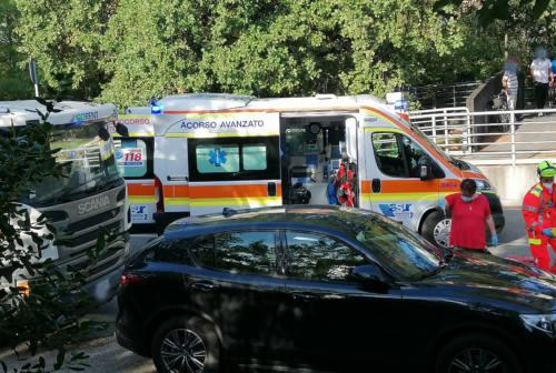 Operata all'ospedale di Torrette la donna investita in viale dei Pini a Senigallia