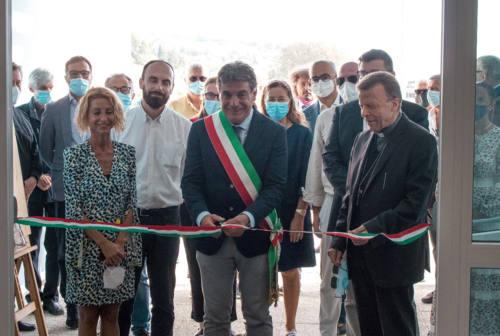 Fano, inaugurata la nuova scuola primaria di Cuccurano. Seri: «Garantire la qualità e l'inclusività dei servizi educativi» – FOTO