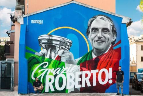 Jesi, Roberto Mancini appare nel muro del suo quartiere Prato