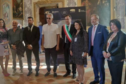 Andrea Bocelli a Macerata per lanciare il nuovo progetto di ricostruzione post sisma. «Ripartiamo dai giovani»