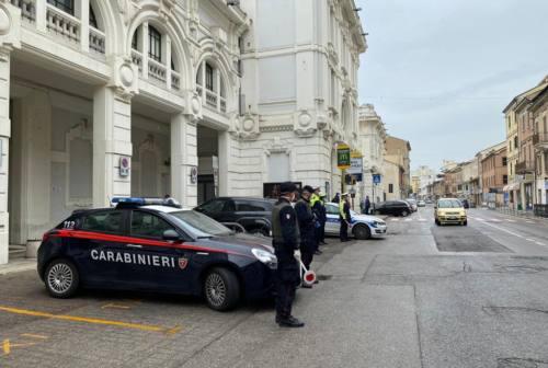 Falconara, convalidato l'arresto del giovane che ha aggredito un agente della Polizia locale
