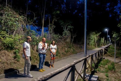 Osimo, una passeggiata per inaugurare l'illuminazione della pista ciclabile